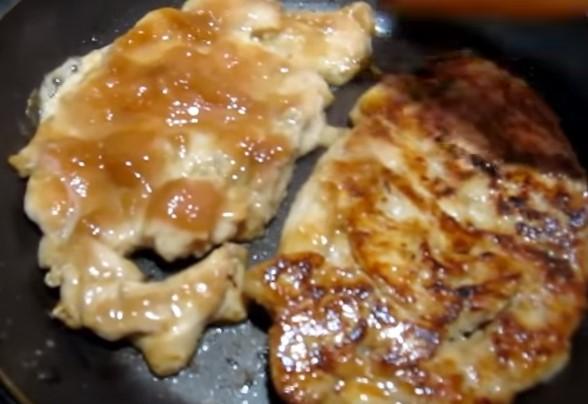 Куриная грудка на сковороде - простые и вкусные рецепты