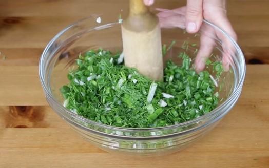 Окрошка: 6 классических рецептов окрошки с колбасой