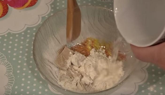 Как сделать хлебный квас в домашних условиях?</p> <p> 5 пошаговых рецептов кваса из хлеба