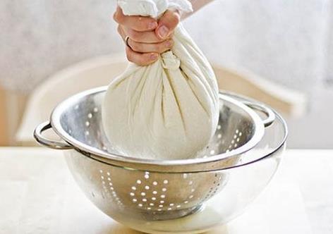 Сырники из творога в домашних условиях - 4 простых рецепта сырников