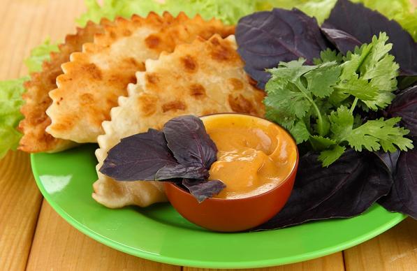 Очень вкусные чебуреки с мясом: самые удачные домашние рецепты