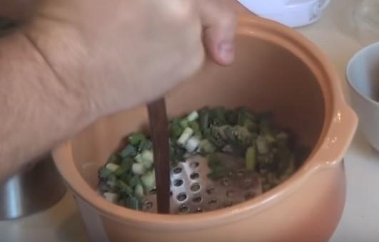 Окрошка на квасе - рецепт пошаговый с фото