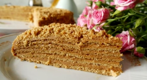 медовый торт рыжик с вареной сгущенкой