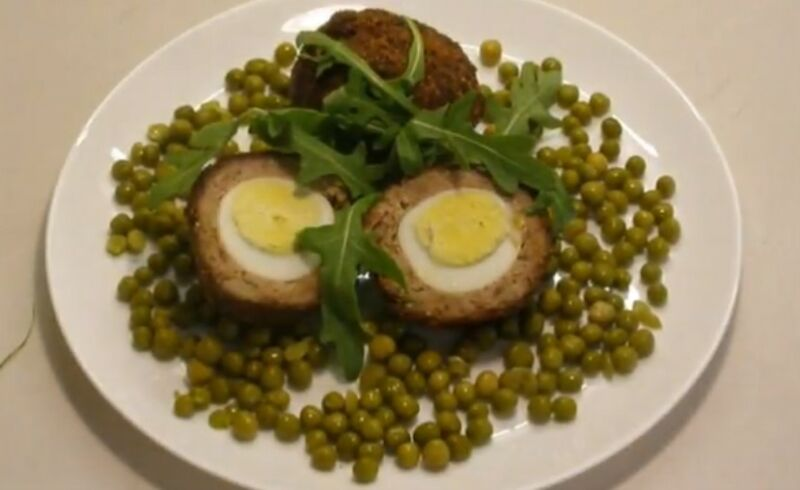 готовые зразы с целым яйцом внутри