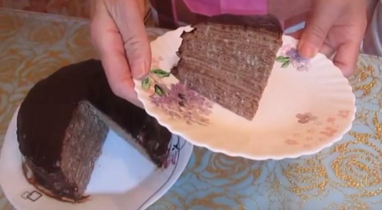 готовый торт из блинов со сгущенкой