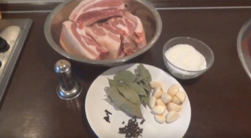 ингредиенты для посола сала сухим способом