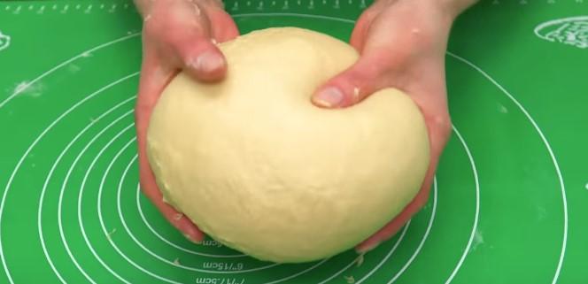 дрожжевое тесто для творожного кулича