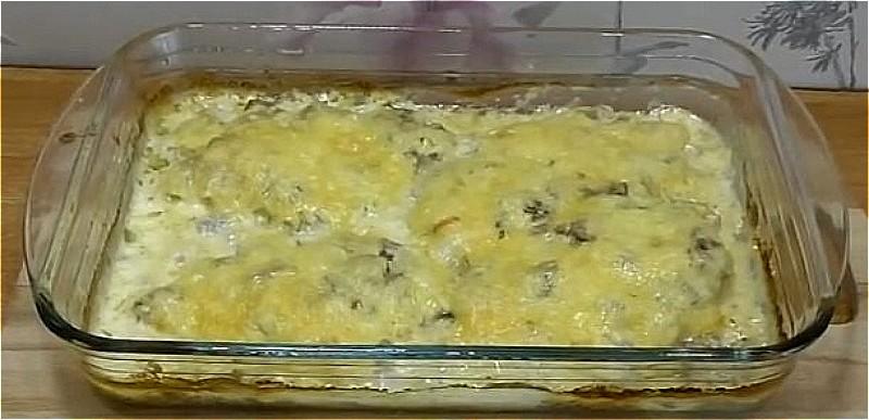 куриная грудка с грибами и сыром