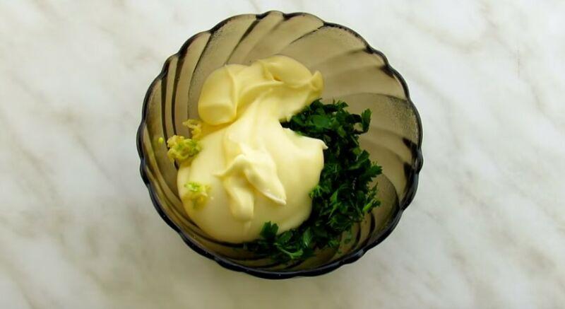 готовим соус для баклажанов веером
