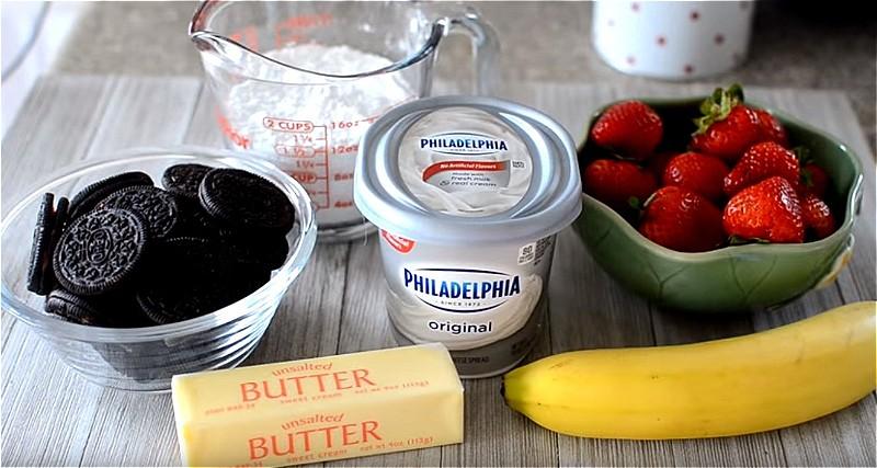 Ингредиенты для чизкейка с клубникой