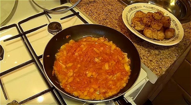 зажарка для соуса к тефтелям
