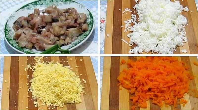 нарезаем скумбрию, натираем яйца и морковь