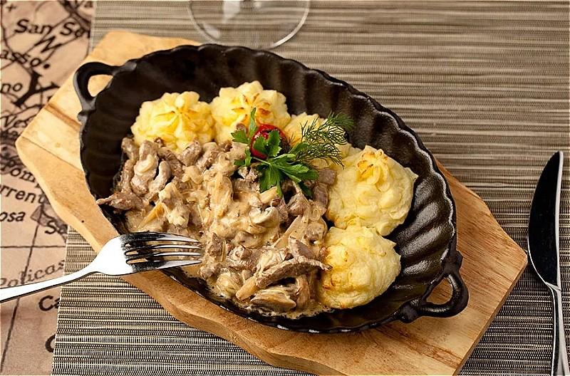 Бефстроганов из говядины – 5 классических рецептов