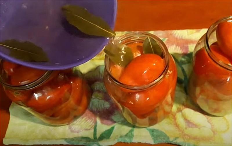 Соленые помидоры на зиму в банках - очень вкусные рецепты