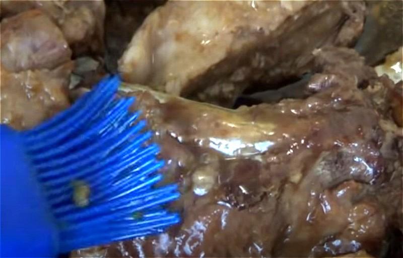Свиные ребрышки в духовке: простые и вкусные рецепты
