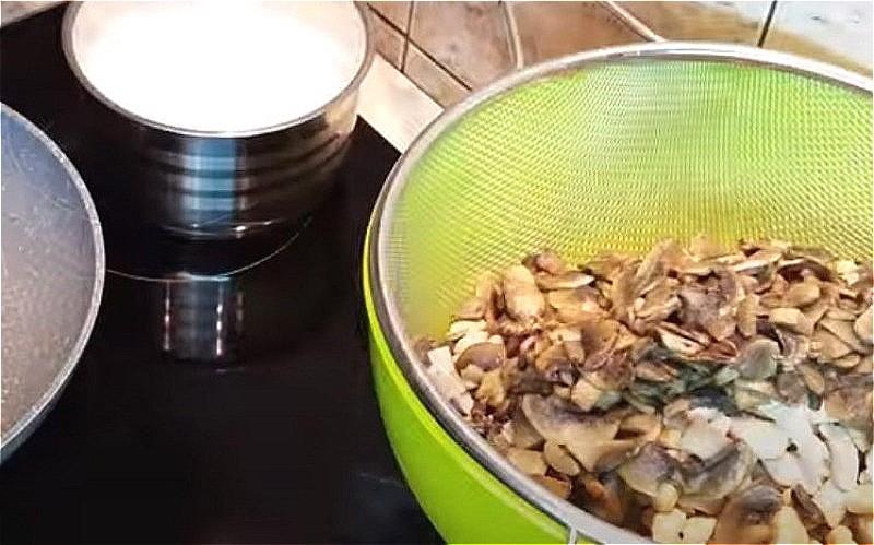 Жульен с грибами - 5 классических рецептов