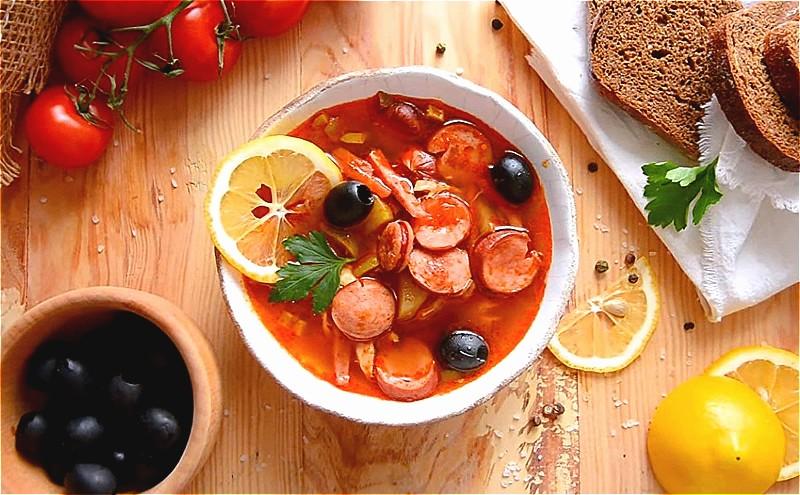 Солянка сборная мясная — классические рецепты