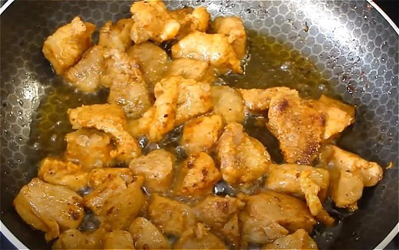 Свинина на сковороде - простые и вкусные рецепты